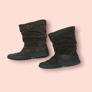 Cougar suede  winter boots size 7 M
